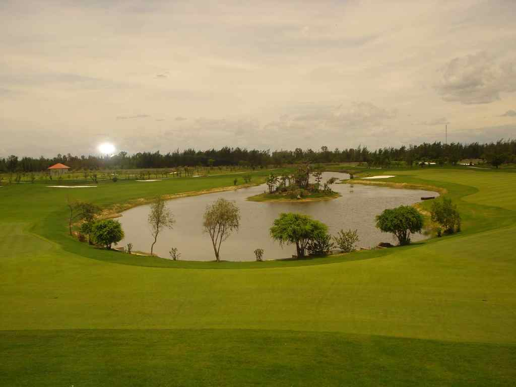 Cua Lo Golf Resort