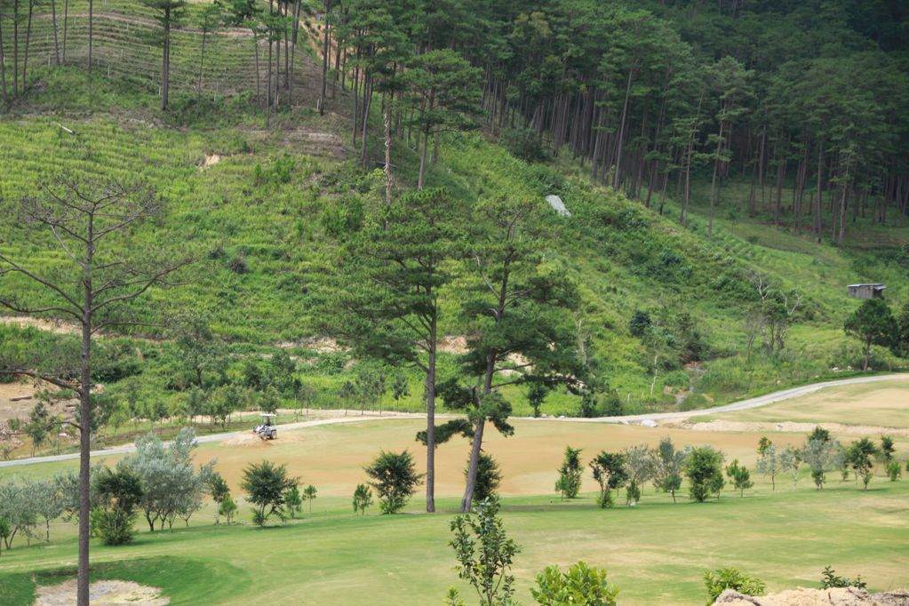 Sacom Tuyen Lam Golf Resort
